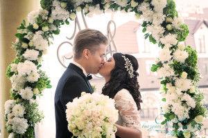 Свадебный Центр выездной регистрации брака