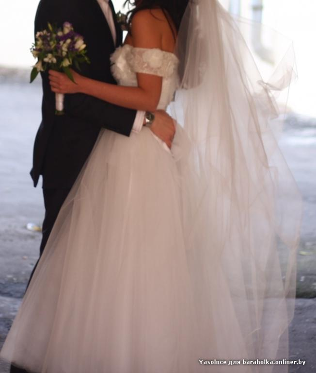 Свадебное платье из сердцеедок
